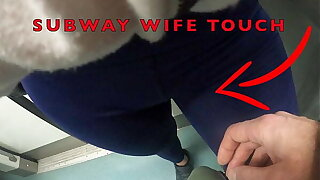 My Become man Let Older Unassimilable Man nigh Touch her Pussy Lips Over her Spandex Leggings surrounding Underground railway