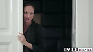 Babes - Fake Mom Lessons - (Nick Gill, Julia Roca) - Hot Possessions