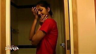 Super Hot Indian Babe Divya Everywhere Shower - Indian Porn